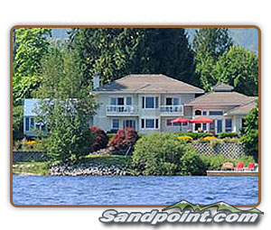 Spectacular Lakefront with 3 Luxury Bed/Bath Suites